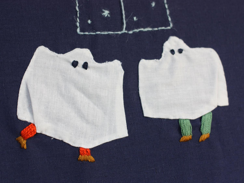 Broderie petits fantômes